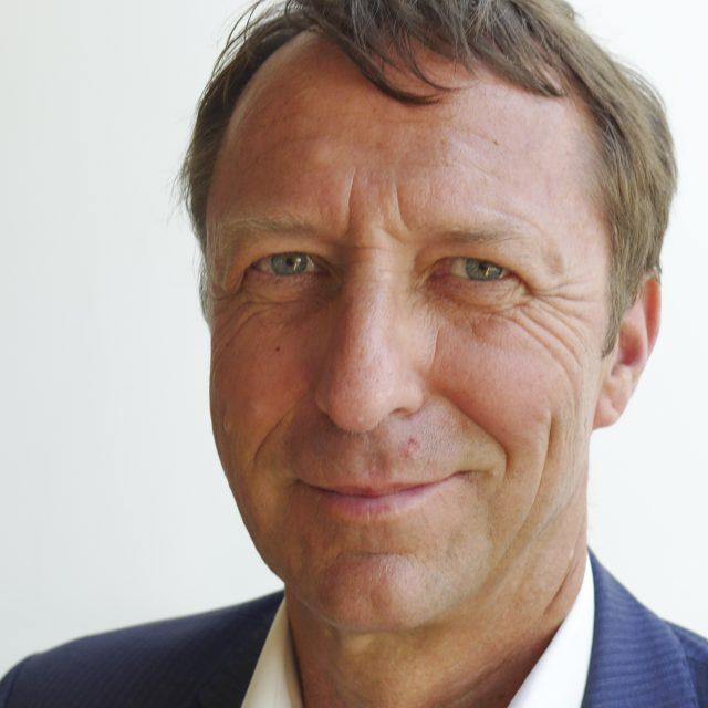 Dr. Stefan Köhler