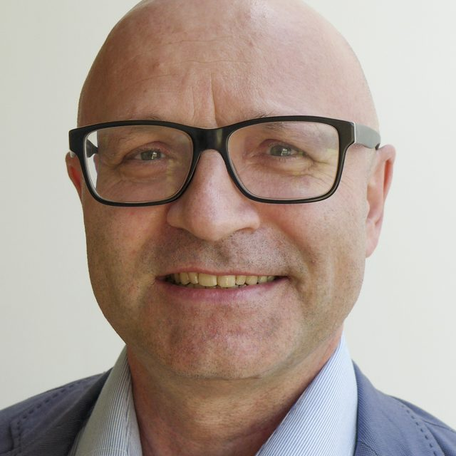 Dr. Achim Brotzer